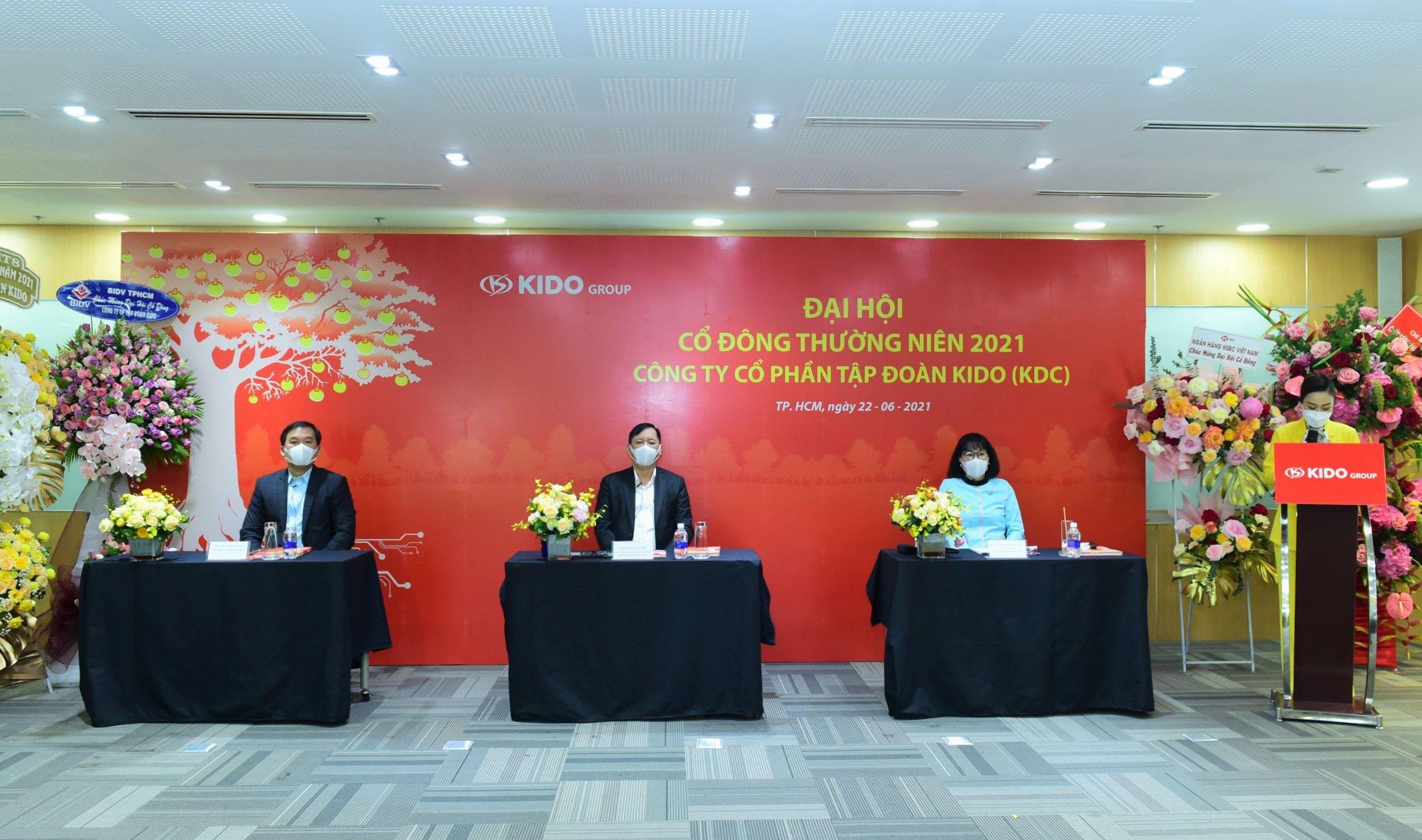 ĐHĐCĐ KIDO (KDC): Dịch Covid-19 làm trì hoãn nhiều kế hoạch, dự kiến tung loạt sản phẩm mới từ thương hiệu Vibev, bánh tươi đến chuỗi F&B Chuk Chuk ngay quý 3/2021